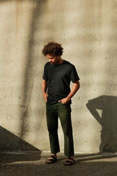 Men's Organic Crew Tee in Black — Harvest & Mill Ethical Shoes, Ethical Clothing, Monochrome Outfit, Hipster Man, Male Grooming, Alternative Outfits, Carbon Footprint, Modern Man, Sustainable Fashion