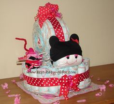 Minnie Mouse baby shower diaper cake: perfect for a girl and Minnie Mouse themed shower!