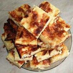 Placinta dobrogeana Romania Food, Slow Food, Croissant, Apple Pie, Waffles, French Toast, Appetizers, Cooking Recipes, Cheese
