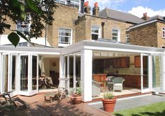 016 Orangery with folding sliding doors in Clapham, London