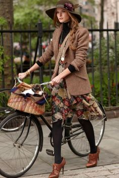 City chic - classy hat, earthy browns, neutral, tweed, florals #outfit #fashion #woolweekcompetition