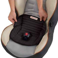 La silla-pañal impermeable salvará el asiento del carro durante la etapa de entrenamiento para ir al baño. | 31 productos que todo padre de un niño pequeño querrá