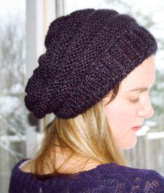 slouchy knit beret knitting pattern, slouchy beanie knitting pattern, free knit hat pattern, free knitting pattern