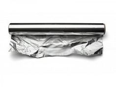 """Rethinking aluminum foil … i was looking for an alternative to foil when cooking """"potato packets"""" on the grill. … i'm going to give banana leaves a try. Cooking Torch, Cooking On The Grill, Cooking Games, Cooking Classes, Cooking With Aluminum Foil, Cooking Chicken Wings, How To Cook Liver, Live Lobster, Meal Prep Guide"""