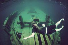 scuba diving at a famous shipwreck in Tobermory, Ontario, Canada. Shark Diving, Scuba Diving, Lombok, Tobermory Ontario, Capital Of Canada, Kingston Ontario, Underwater Photos, Underwater Shipwreck, G Adventures