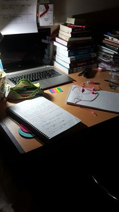 study Qq a & j nail art ballston spa ny - Nail Art Study Desk, Study Space, Book Study, Study Notes, Study Motivation Quotes, School Motivation, Study Pictures, Girly Pictures, Studyblr