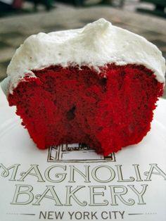 Magnolia Bakery Red Velvet Cupcakes met Romige Vanille Frosting