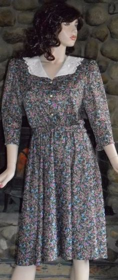 Whirlaway Frocks 14P Vintage Embroidered White Collar Floral Dress With Belt #WhirlawayFrocks #TeaDress #Casual