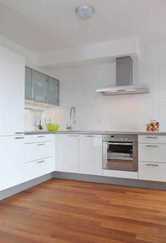 Completely neat and designed to perfection, makes a a calm place to cook - homeyou ideas