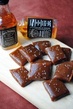 Jack Daniel's Salted Whiskey Caramels Recipe ( these are YUMMY but I didn't cook mine long enough. Was still yummy though! Just Desserts, Delicious Desserts, Dessert Recipes, Yummy Food, Cheesecake Recipes, Yummy Treats, Sweet Treats, Caramel Recipes, Candy Cane Christmas