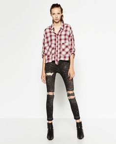 db5625bd45 Image 1 of HIGH-WAISTED RIPPED TROUSERS from Zara Pantalon Tiro Alto