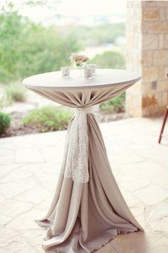 love table decor combo of burlap-ish/white... burlap as runner or white as runner