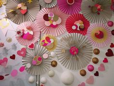 email gail@ontrendmarketing.co.za for templates that our not on our etsy shop  www.ontrendmarketing.net Paper Flowers, Abstract Art, Fans, Paper Crafts, Etsy Shop, Templates, Unique Jewelry, Handmade Gifts, Party