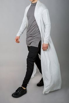Queer Fashion, Androgynous Fashion, Mens Fashion, Fashion Outfits, Rare Clothing, Mens Clothing Styles, Streetwear Mode, Cyberpunk Fashion, Long Trench Coat