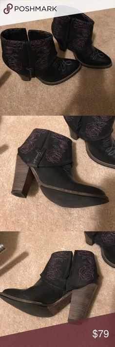 Guess cowboy boots, leather, flower designs Almost new, worn twice. Super cute with any outfit. Guess Shoes Ankle Boots & Booties