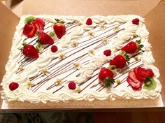 Fruit Cake | Strawberry fillings | Covered with vanilla heavy whipping cream | Sponge Cakes | Cake | Wedding cake | Bridal Shower | Cake | Birthday Cake | half sheet cake | Hmong | Asian Cakes | Chinese Cake