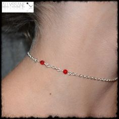Collier dent rouge