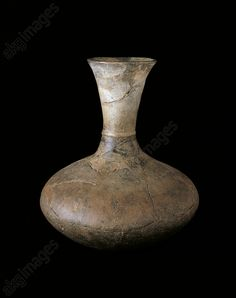 Celtic terracotta flask, Czech Republic, 5th century BC