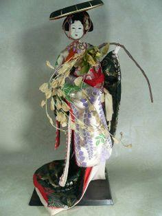 Gorgeous Tall Fuji Musume Ningyo Doll (Wisteria Maiden)