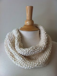 Seed stitch cowl. smaller circumference