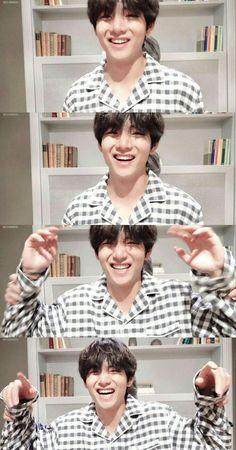 It's a ship pic, trust me Daegu, Kim Taehyung, Namjoon, Bts Bangtan Boy, Bts Boys, Bts New, Foto Rap Monster Bts, V Chibi, V Bts Cute