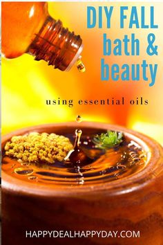 6 Fall Bath & Beauty DIY Ideas using Essential oils! #diygifts #diygiftideas #essentialoils #essentialoilblends #essentialoilrecipes #essentialoiluses #fallessentialoils #fall #pumpkinspice #pumpkinspicerecipes #handmade #homemade Homemade Christmas Gifts, Homemade Gifts, Diy Gifts, Fall Essential Oils, Essential Oil Blends, Soap Labels, Mason Jar Gifts, Lotion Bars, Be Natural