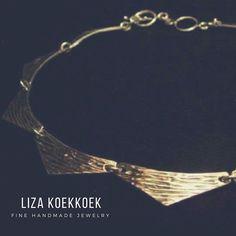 Silver texturized necklace;  #silver #plata #silvernecklace #choker #collar #instajewelry #handmade #diseñomx #joyeriamexicana #joyeria #zilver #collier #guadalajara #cdmx #mexico #design #contrast #goldsmith #geometric #minimal #etsyjewelry #etsy