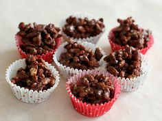 Juleknas der kan laves på 10 minutter – Ellevild Madblog Christmas Recipes For Kids, Kids Christmas, Mini Cupcakes, Yummy Treats, Muffin, Food And Drink, Tapas, Sweets, Candy