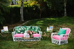 Tropical lounge area | Wedding & Party Ideas | 100 Layer Cake