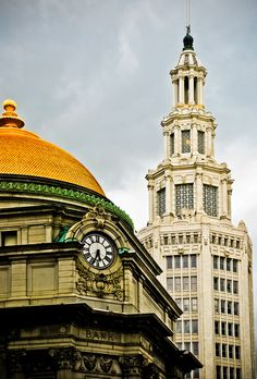 Love this picture! Buffalo Saving Bank (E.B. Green 1901) and The Electric Building (Esenwein and Johnson 1912)