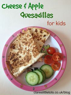 Cheese and Apple Quesadillas for kids. Healthy and easy to make alternative to sandwiches and great for fussy eaters. (quick easy lunch ideas for toddler) Dinners For Kids, Healthy Snacks For Kids, Healthy Foods To Eat, Kids Meals, Healthy Eating, Healthy Recipes, Pina Colada, Apple Recipes, Baby Food Recipes