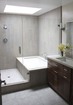 Tub/shower combo. really like this idea. seems to be a lot more open and you can splash all you want in the tub.