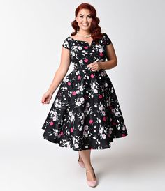 f359abee8d7c2 Hell Bunny Plus Size 1950s Style Black Floral Cap Sleeve Belinda Swing  Dress - Plus Size
