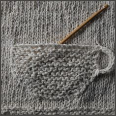 How-To: DIY Tea Cup Knitted Pocket Pattern - by colorful stitches