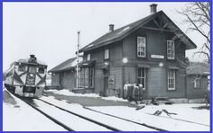 CLAREMONT, Ontario - Canadian Pacific Railway station - photo 1977 TPL