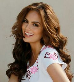 Ximena Navarrete beautiful