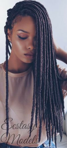 Beautiful Braids by @umonahair // Model: olaj_arel