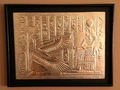 Escena egipcia repujada en lamina de aluminio