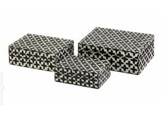 Lizzie Bone Boxes (Set of - IMAX set of three small decorative boxes made with bone inlay make the perfect desk, shelf or vanity accessory. White bone inlay with black cross pattern gives these boxes a simple decorative appeal. Contemporary Decorative Boxes, Decorative Storage, Decorative Objects, Decorative Pillows, Wood Book, Trellis Pattern, Cross Patterns, Nesting Boxes, Glass Boxes