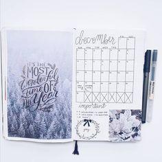 Monthly spread, bullet journal