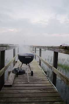 Probably not the safest place to grill, but oh, so pretty. Makes me want to be there.