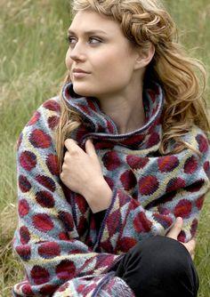 BON BON SHAWL Blue knitkit - knitting - knit - knitkits