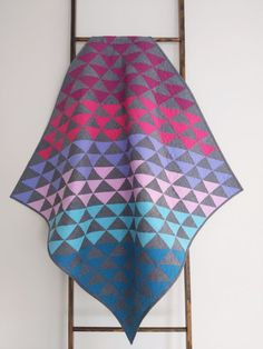 This ombre HST quilt in Alison Glass' Kaleidoscope fabric was fast and easy to make. Better yet, it's going to bring joy to a family in need! Star Quilts, Mini Quilts, Baby Quilts, Quilt Blocks, Quilting Tutorials, Quilting Projects, Quilting Designs, Charm Square Quilt, Half Square Triangle Quilts