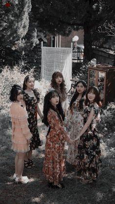 orbitingineclipse - 6 results for gfriend K Pop, Cute Anime Wallpaper, Wallpaper Lockscreen, Gfriend Profile, Sinb Gfriend, Cloud Dancer, G Friend, Kpop Aesthetic, Lock Screen Wallpaper