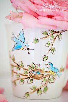 Pink Day, Diy Mugs, Romantic Homes, Bird Art, Bird Feathers, Blue Bird, Color Inspiration, Pink Roses, Flower Pots