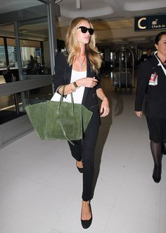 la modella mafia Rosie Huntington Whiteley boho chic model street style 4