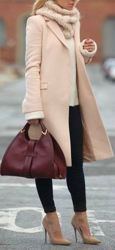 Business looks for women according to the current trends 2016 - recepis.sk - - Business Looks für Frauen nach den aktuellen Trends 2016 Winter coat handbag complete the stylish business outfit - Casual Winter Outfits, Fall Outfits, Outfits 2014, Outfit Winter, Dress Winter, Stylish Outfits, Stylish Coat, Christmas Outfits, Stylish Clothes