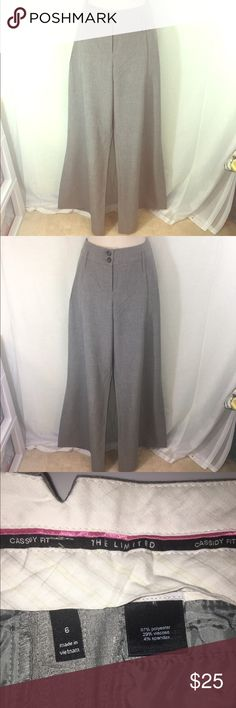 The Limited Grey Wide Leg Trousers-6 A chic pair of grey wide leg trousers from The Limited in the Cassidy fit, size 6. The wide legs will make any outfit stand out and add more fashionable! The Limited Pants Trousers