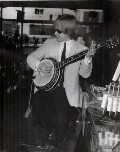 Brian Jones, Fundador The Rolling Stones - Taringa! The Rolling Stones, Brian Jones Rolling Stones, Mississippi Fred Mcdowell, Rollin Stones, Bill Wyman, Ronnie Wood, Charlie Watts, Music Images, Lonely Heart