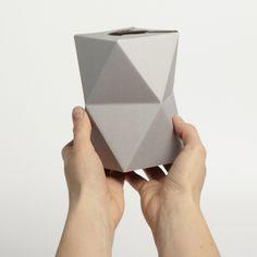 El florero plegable de Snug.studio | Diseño Alemán | Experimenta